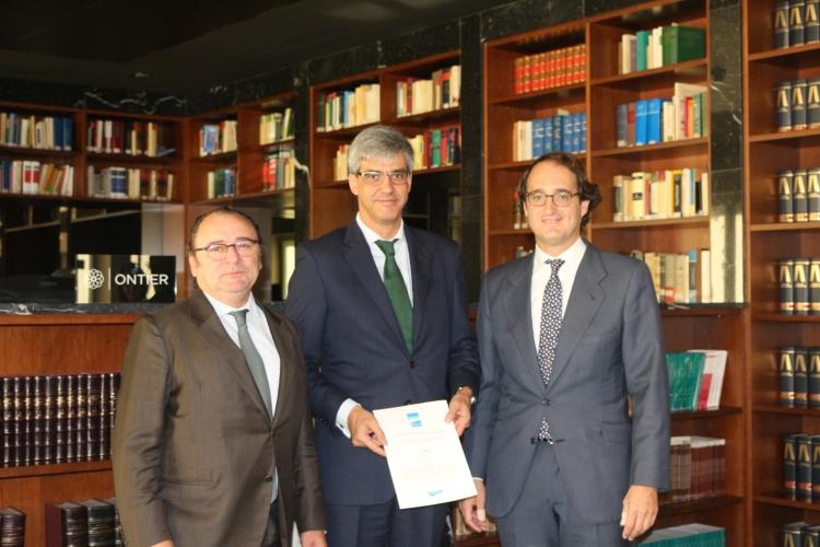 """ONTIER recibe el sello """"Compromiso Asturias"""""""