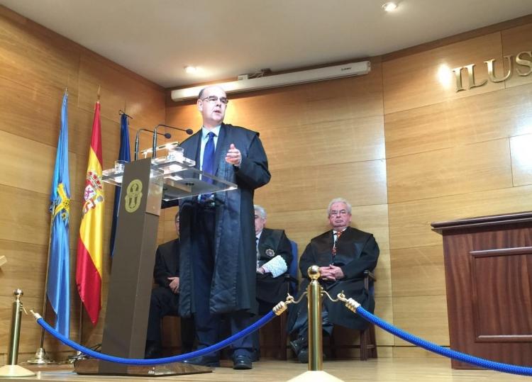 Daniel Rodríguez ingresa en la Real Academia Asturiana de la Jurisprudencia