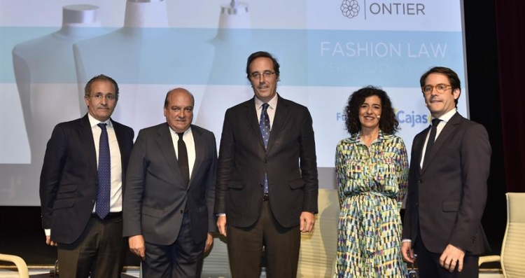 """Seville Loves """"Fashion Law"""": Everything about this Session Organised by ONTIER"""