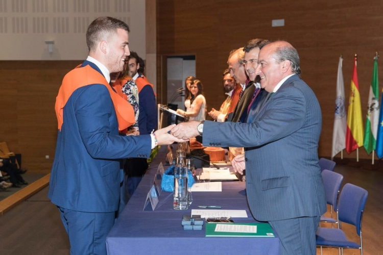 Luis Miguel Martín, from ONTIER Seville, Sponsor to the fourth class of MA graduates at the Loyola University of Andalusia