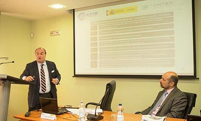 ONTIER participa en una jornada sobre la negociación colectiva en el transporte