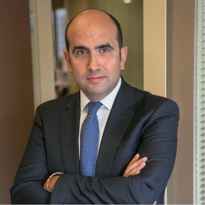 Miguel García Vigil participa como experto en los informativos de la Televisión Asturiana