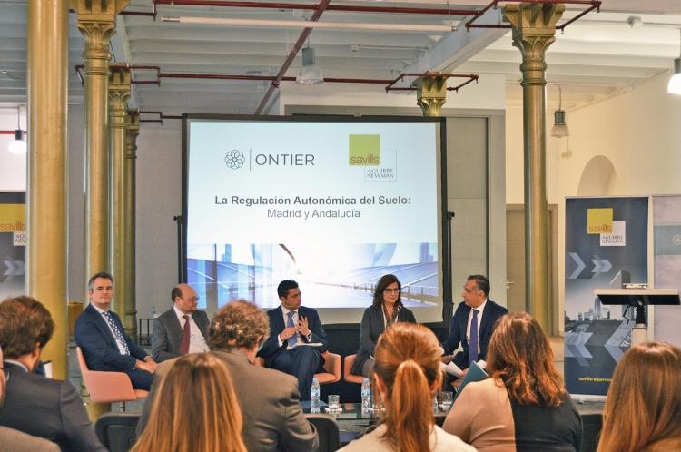 Expertos en inmobiliario comparten avances y preocupaciones en materia de regulación de suelo en Madrid y Andalucía